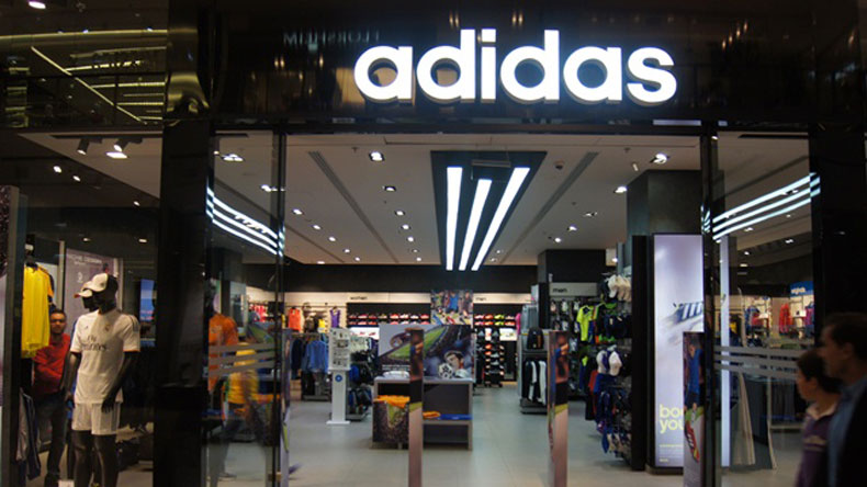 Adidas men's clothing range includes t-shirts, sportswear, jackets, innerwear and lots more. Explore the latest collection of Adidas India product range online and buy your choicest products today. Buy Adidas Clothing Online at pchitz.tk! Gear up for extra fun and adventure during your workout and play time with Adidas clothing online.
