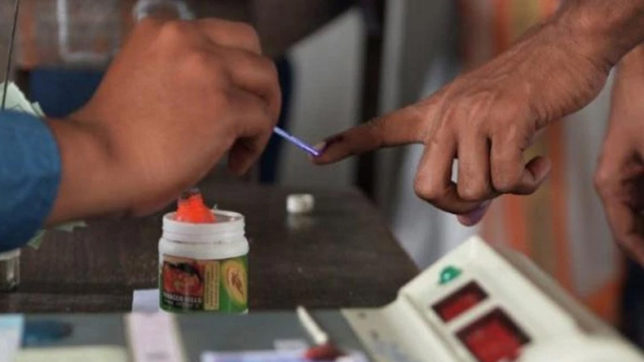 Madhya Pradesh bypolls: Over 52% voting recorded in 2 Assembly seats