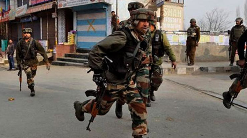 Policeman matryed in ongoing encounter at Tral, J&K