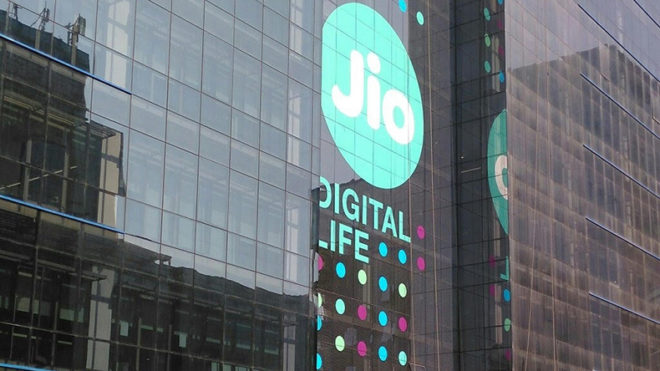 Tribunal asks TRAI to re-examine Jio free offers, declines stay
