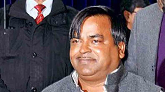 Rape accused Gayatri Prajapati arrested from Lucknow