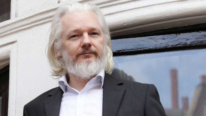 Wikileaks offers tech firms CIA files: Julian Assange