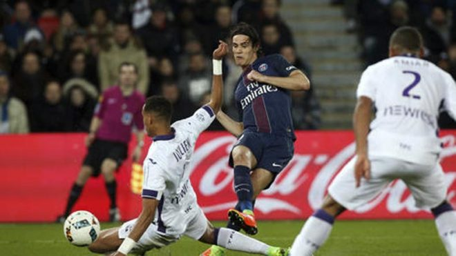 Toulouse-hold-PSG,-Saint-Etienne-lose-in-French-league