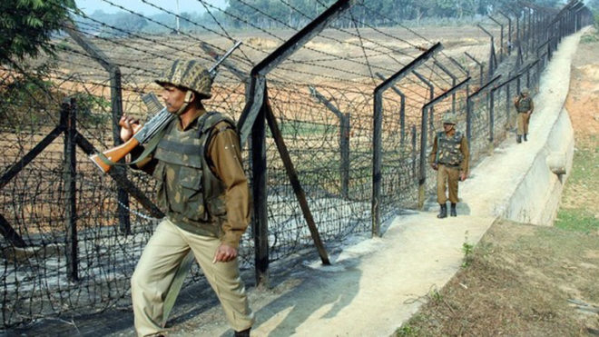 Indian Border Security Force soldiers pa