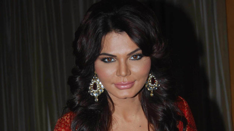 After RGV, Rakhi Sawant gives a controversial statement, supports the filmmaker