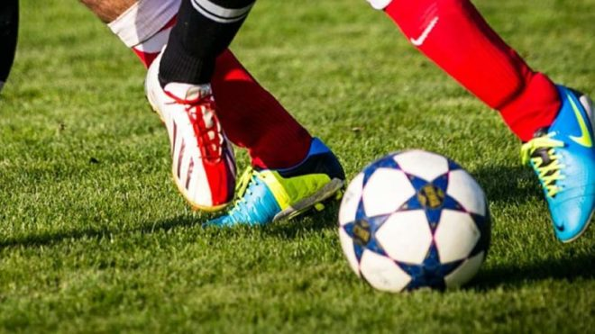 Contact sports may alter brains of young, healthy athletes