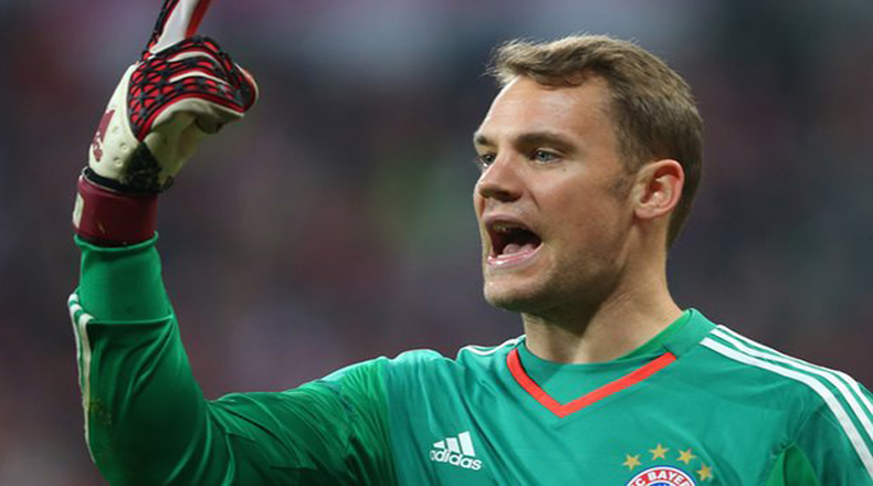 Bayern's Neuer out for rest of season with foot fracture