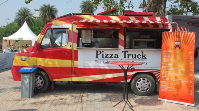Rejoice food lovers! Indulge in scrumptious delicacies at Delhi Food Truck Festival