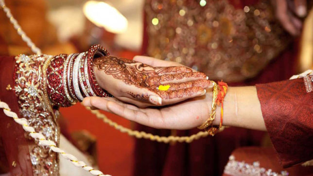 Eight women's panels seek stringent law on sham marriages by NRIs