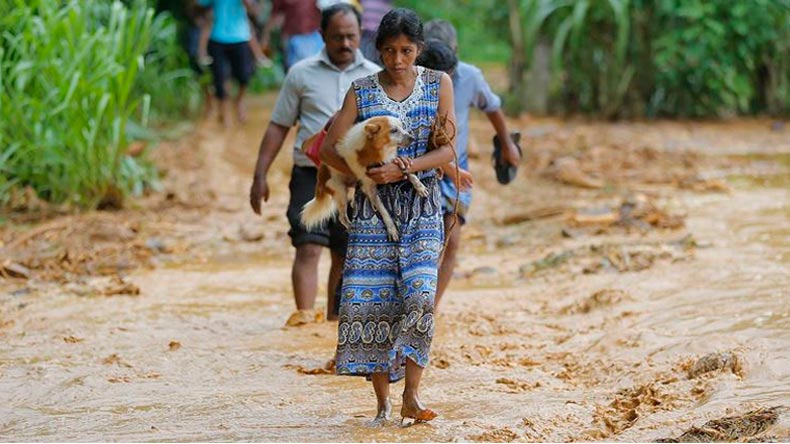 Sri Lanka mudslides leave 100 dead, India sends relief