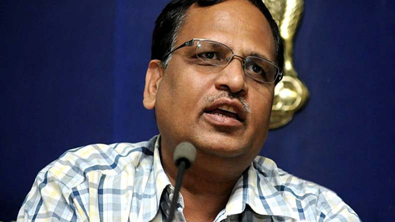 CBI knocks at AAP leader Satyendar Jain's door; questions wife in money laundering case