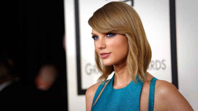 Taylor Swift teases new song 'Ready for it'