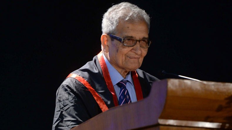 CBFC Stalls Documentary on Amartya Sen, Wants to Censor 'Cow', 'Gujarat' Words