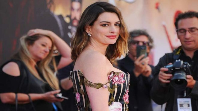 Anne Hathaway might replace Amy Schumer in the movie 'Barbie'