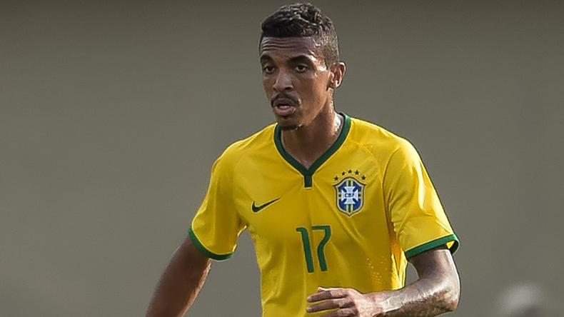 Luiz Gustavo: Brazil midfielder joins Marseille from Wolfsburg