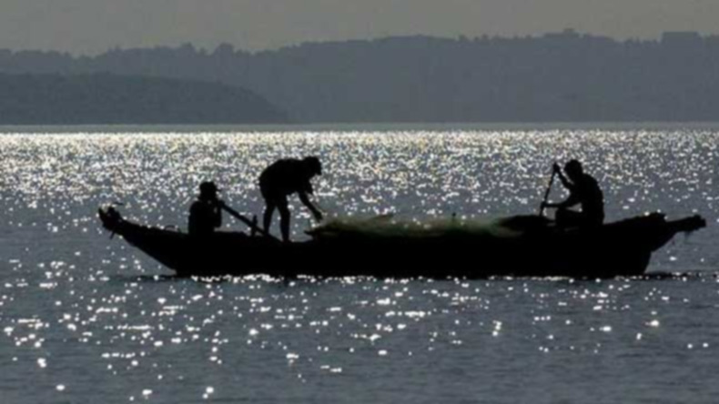 Sri Lankan Navy Detains Four Indian Fishermen, Fishing Dhow