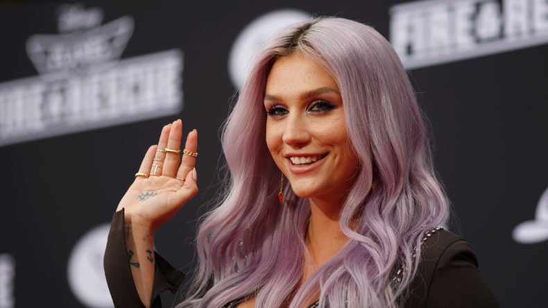Pop singer Kesha's new album 'Rainbow' inspired by aliens