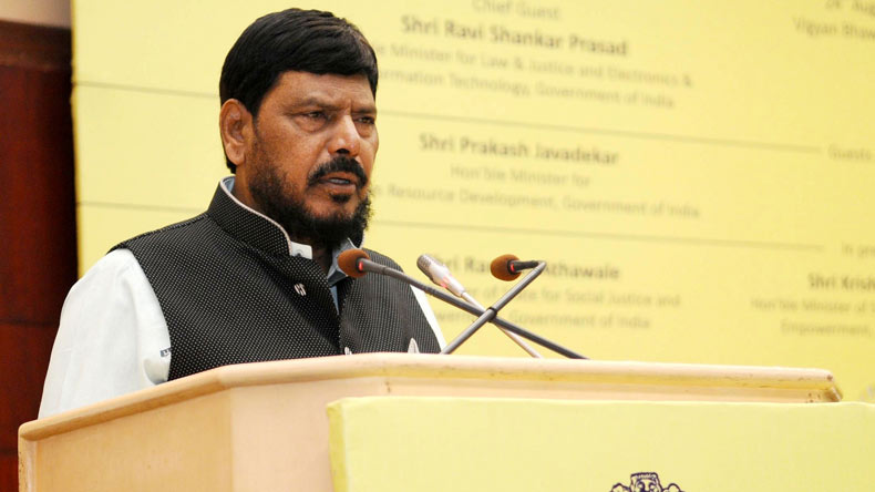 Ramdas Athawale accuses Kohli, others of 'fixing' ICC final