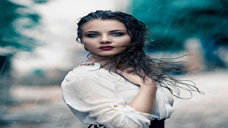 How to protect your make-up from monsoon showers