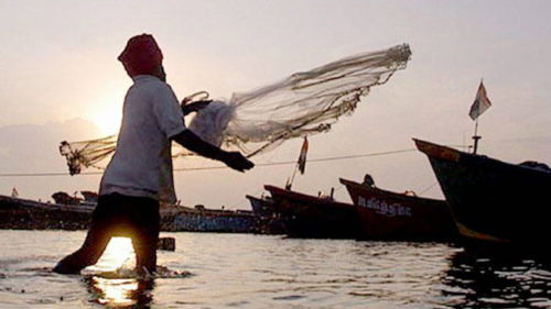 Eight fishermen from Tamil Nadu detained by Sri Lankan Navy, sent to Kankesanthurai Naval camp