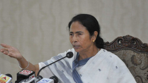 Bengal CM Mamata Banerjee accuses BJP of massive corruption, says 'Barda' Modi will go in 2019