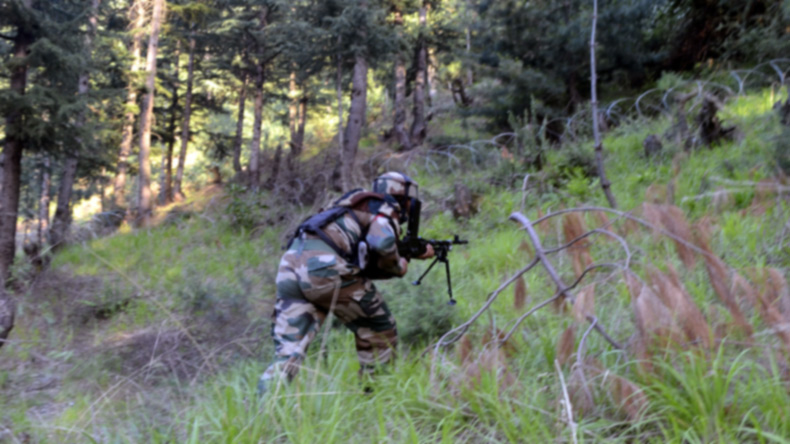 Pakistani shelling at LoC India retaliates