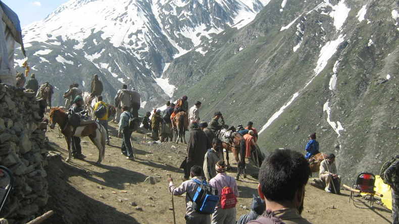 Over 3,100 pilgrims leave for Amarnath Yatra on Day 5