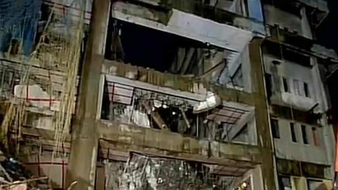 One killed as partly demolished building crashes in Mumbai