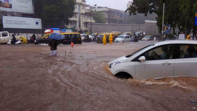 Downpour paralyses life in Mumbai, at least 6 dead