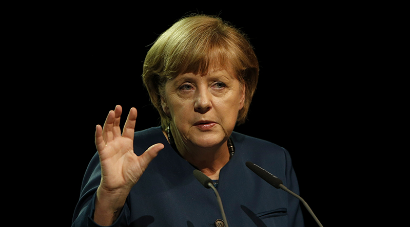 German Chancellor Merkel reaffirms target of 1 mn electric cars by 2020