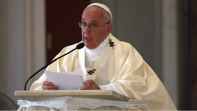 Citizenship should be a birthright, says Pope Francis