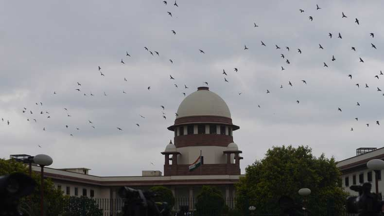 SC agrees to hear plea challenging the special status of J&K, seeks Centre's reply