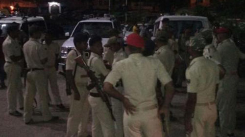 Bihar: 5 policemen killed, 2 injured after a truck rams into a police team in Muzaffarpur