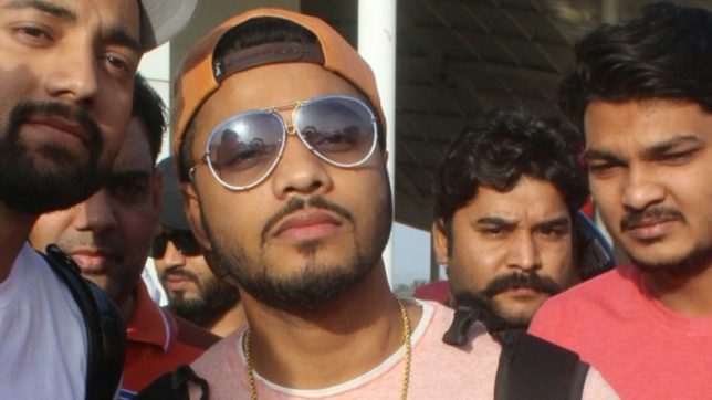 Rapper Raftaar collaborates with Shawn Mims, DJ BlackOut
