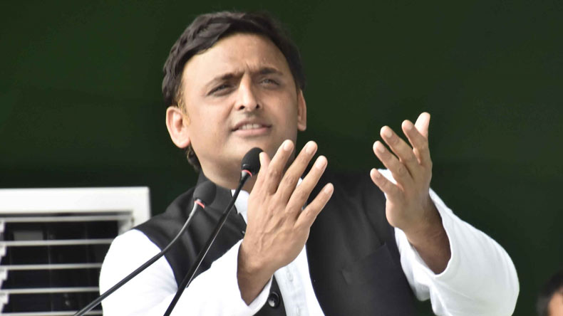 Akhilesh questions Modi on bullet train project in Gujarat