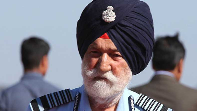 Indian Air Force Marshal Arjan Singh suffers cardiac arrest