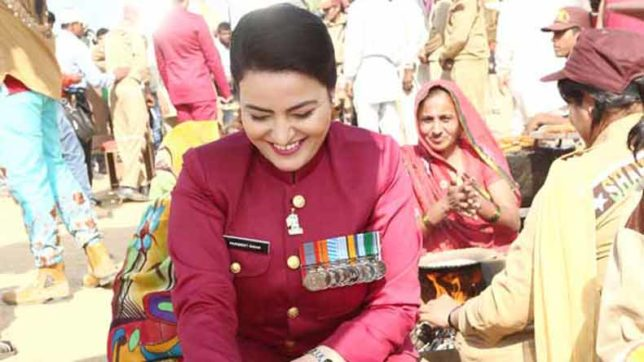 Under scrutiny, Honeypreet Insan throws a blanket on social media