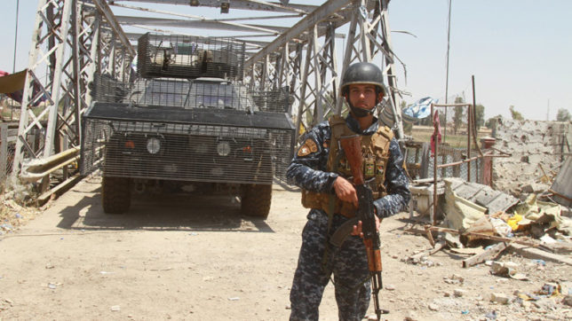 Iraqi forces free IS-held town near Syria border