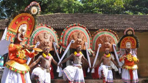 Feasting on Thiru Onam 'sadya' in Kerala