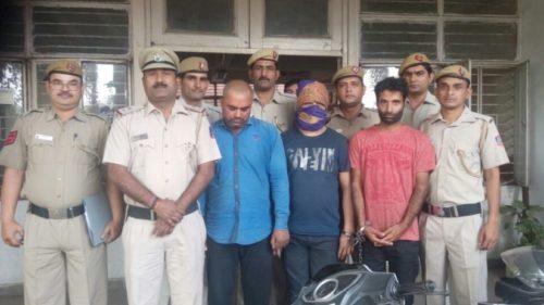 Car 'superchor' involved in 500 cases arrested from south-Delhi, 12 cars recovered
