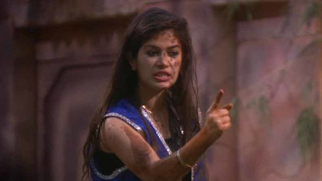 Bigg Boss11:Bandgi, Akash and Puneesh target Hina Khan