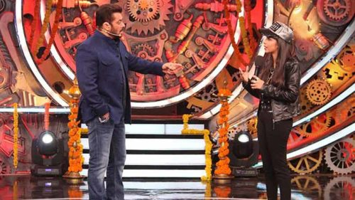 Bigg Boss 11 Weekend ka Waar: Dhinchak Pooja makes host Salman Khan sing to her tunes