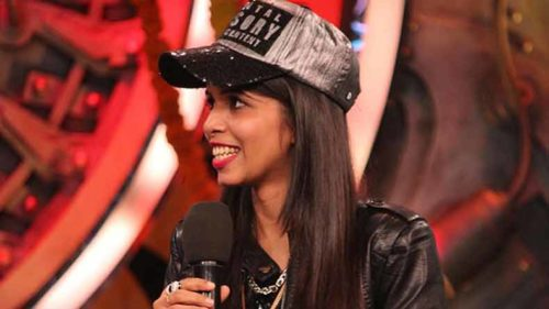 Bigg Boss 11 Weekend ka Waar: Dhinchak Pooja makes a Dhinchak entry in the Bigg Boss house!