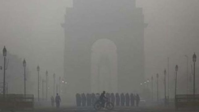 Vehicle parking fee hiked to curb air pollution in Delhi