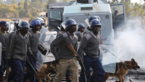 Zimbabwe: Army takes control of national broadcaster amid political crisis