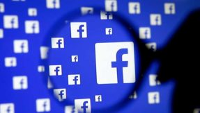 Facebook agrees to support new political ad rules in US