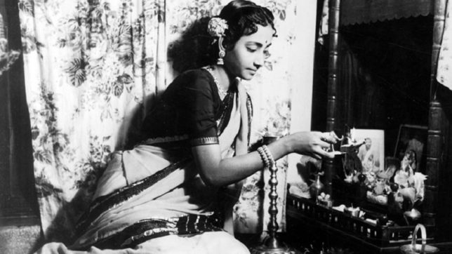 Watch the journey of Hindi cinema's legendary singer Geeta Dutt: Flashback