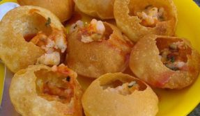 Death by 'golgappa': The little ball of happiness claims man's life in Kanpur