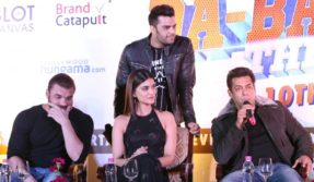 New Delhi: Actors Sohail Khan, Kriti Sanon, Salman Khan and Manish Paul during a press conference regarding