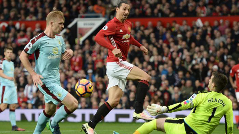 Manchester United's frustrated form continues as they draw ...